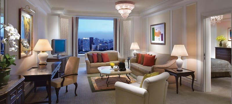 Valley wing deluxe suite at Shangri-La Hotel, Singapore