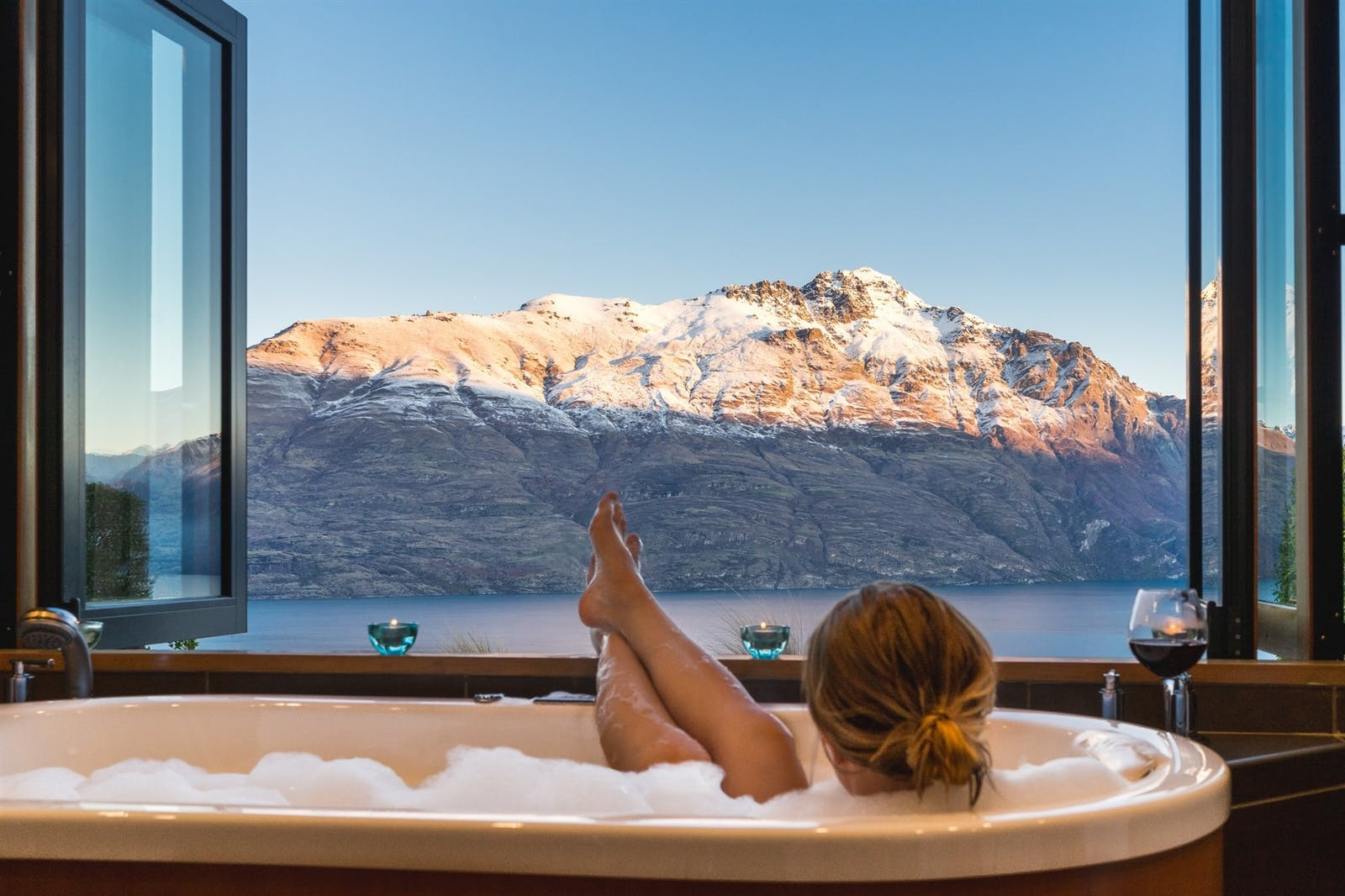 Bathing at Azur Lodge, Queenstown, South Island, New Zealand