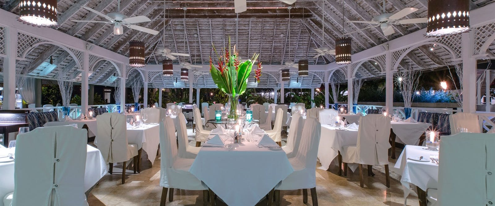 Restaurant at The Sandpiper, Barbados