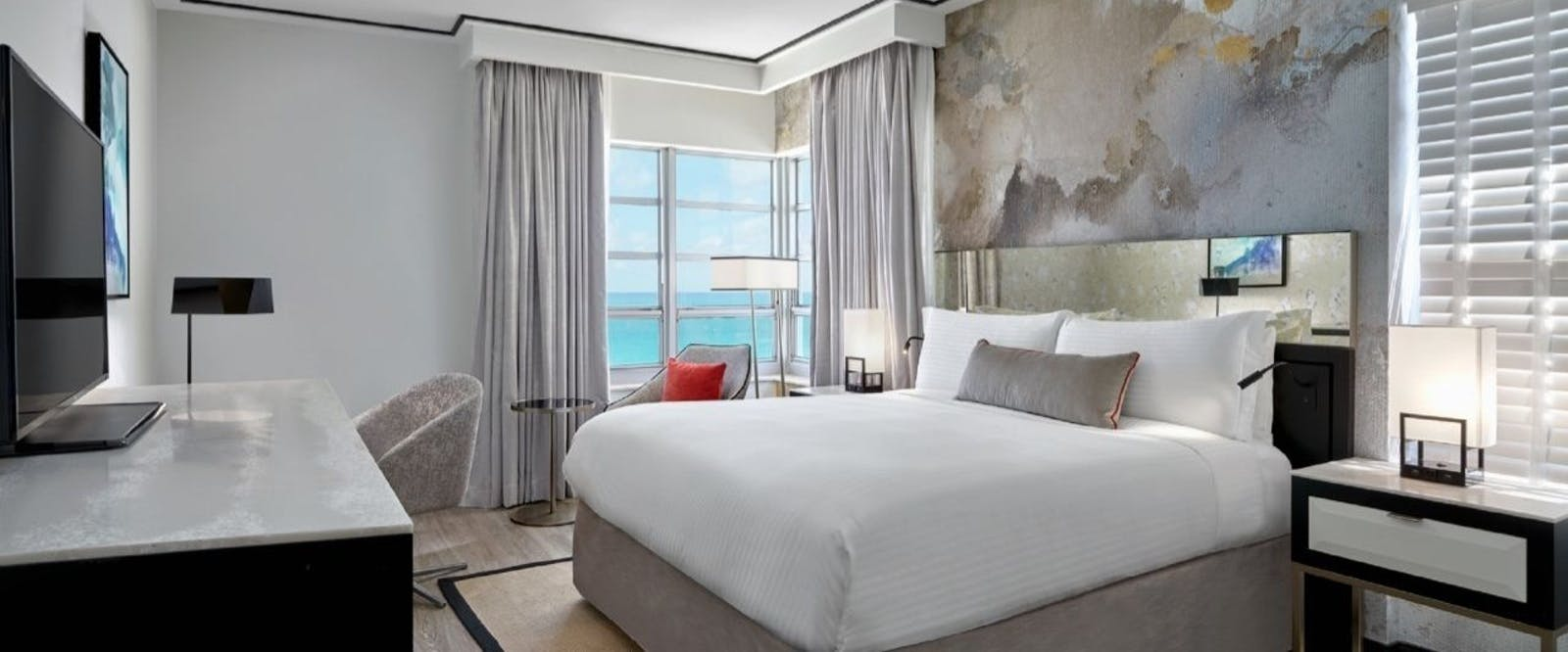 st moritz ocean front king room at loews miami beach