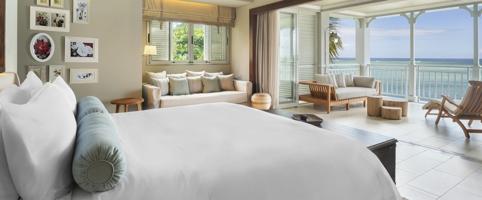 Beachfront Junior Suite at The St. Regis Mauritius Resort
