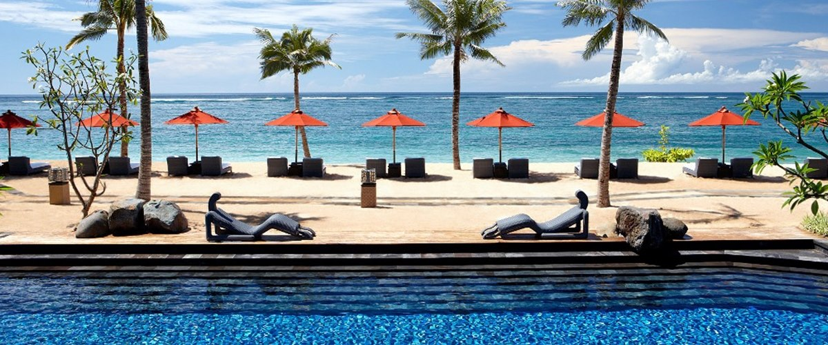 strand villa pool at The St Regis Bali Resort