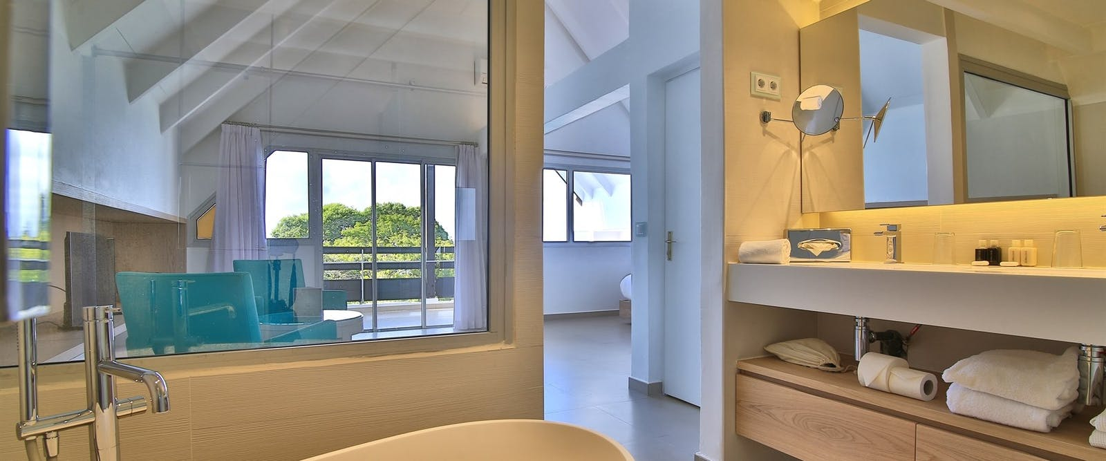 Suite Bathroom At Mahogany Hotel Residencia & Spa, Guadeloupe