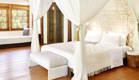 Superior bedroom at Nay Palad Hideaway, Siargoa