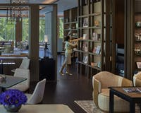 The library in the lobby lounge at Shangri-La Hotel, Singapore