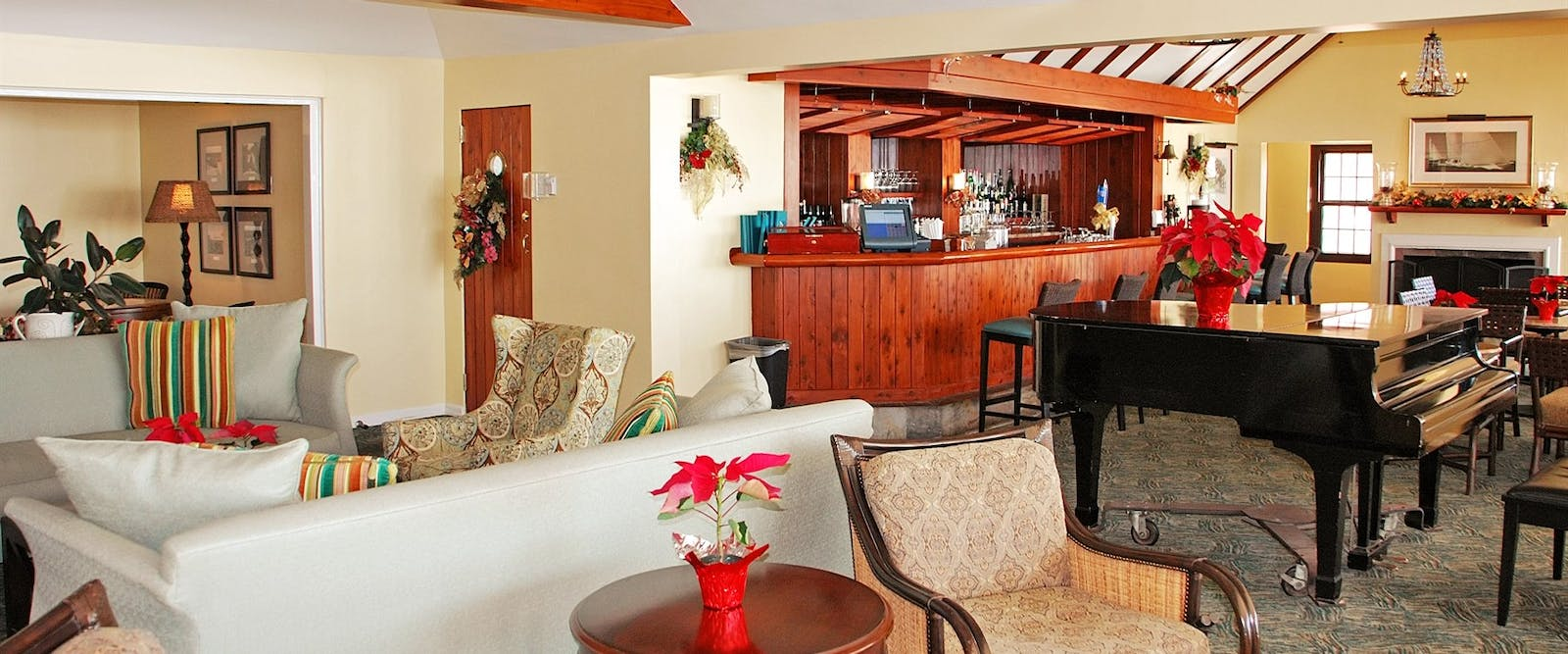 Unwind in the Bar at The Reefs Hotel & Club, Bermuda