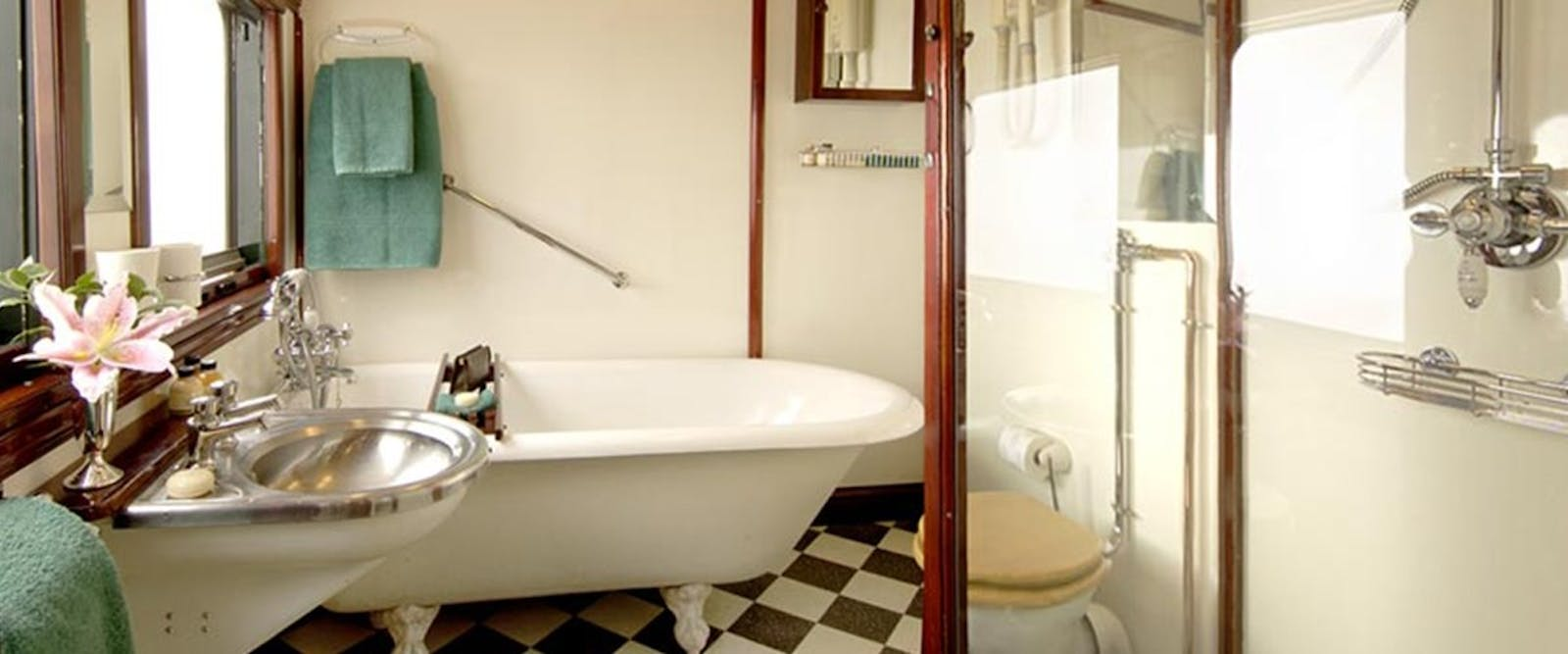 Royal suite bathroom on Rovos Rail, South Africa