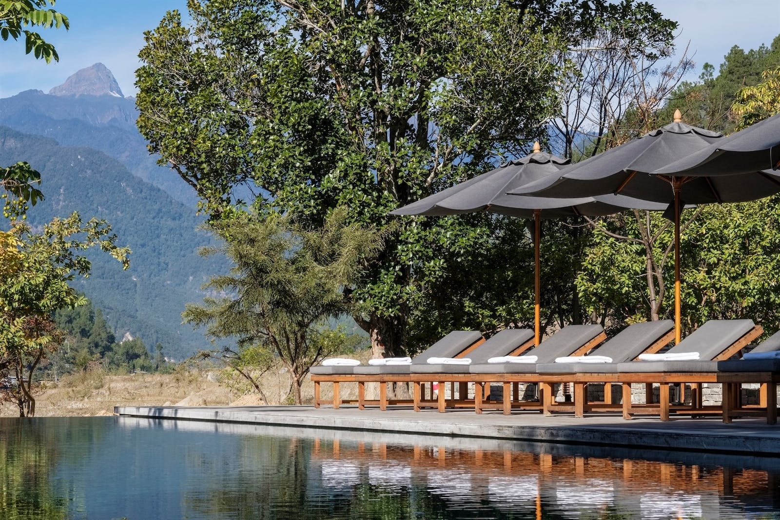 amankora punakha swimming pool
