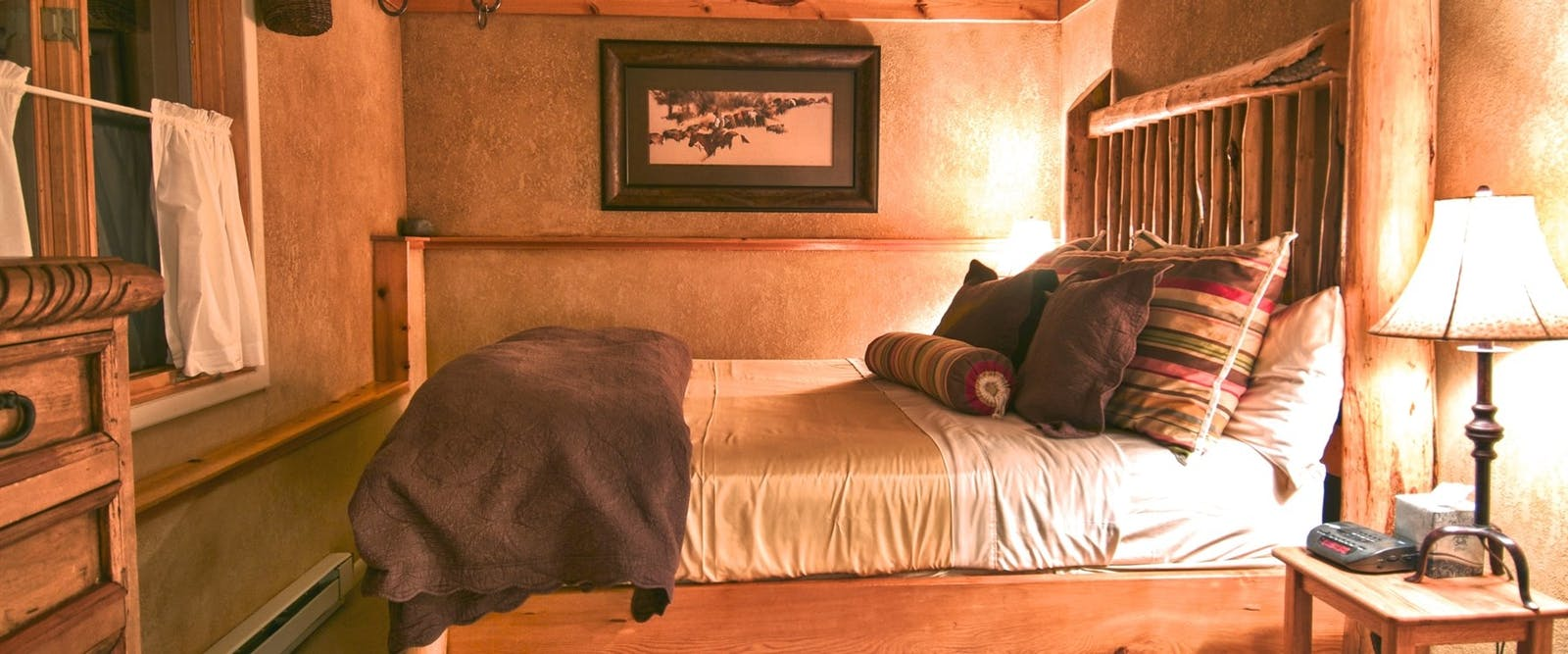 Wapiti Master Bedroom At Vista Verde Ranch