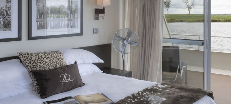 Bedroom on Zambezi Queen
